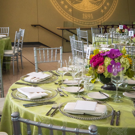 Stanford Catering tablesetting image.