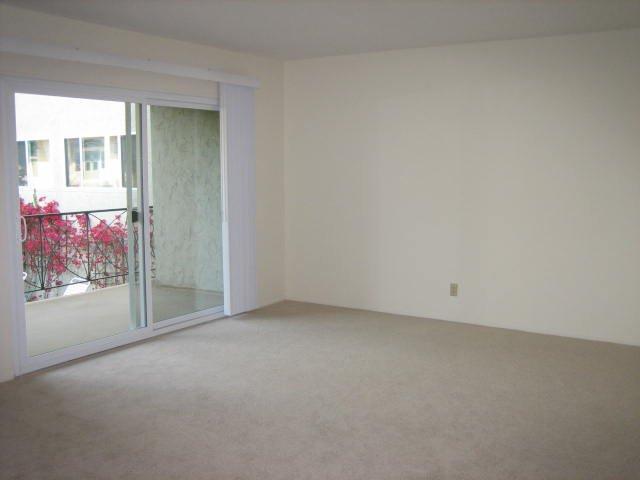 Noel Oaks Apartments - Bedroom