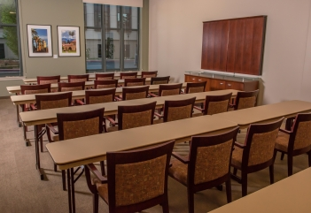 Photo of Room 123 in S. Mark Taper Foundation Conference Center