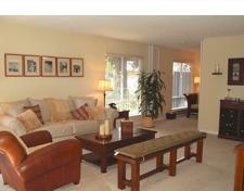 Oak Creek Apartments Living Area