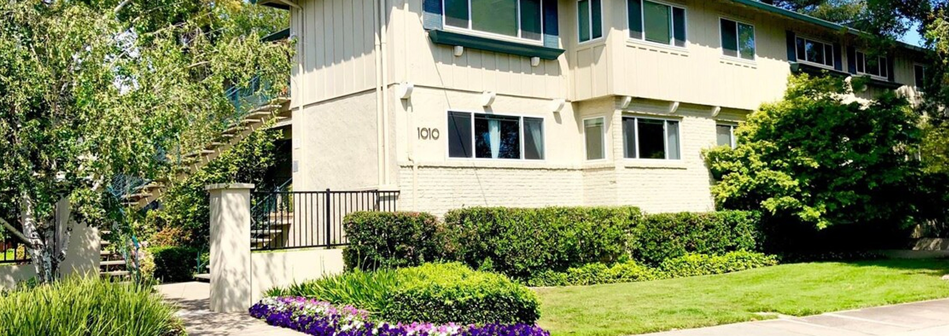 Noel Oaks Apartments