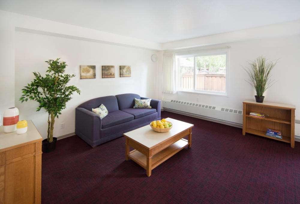 Escondido Low-Rises, 2-Bedroom, Living Room
