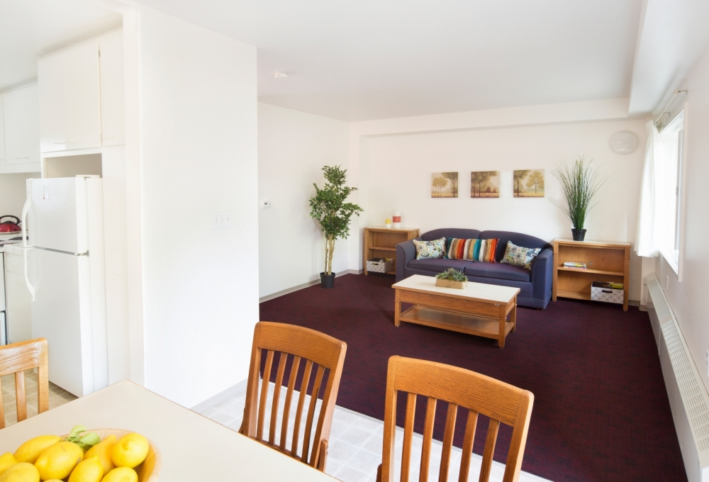 Escondido Low-Rises, 1-Bedroom, Dining and Living Room