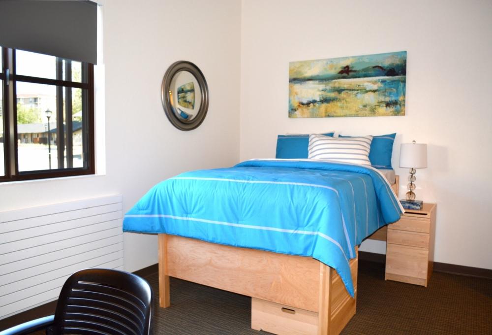 Kennedy Premium 2-Bedroom, Bedroom