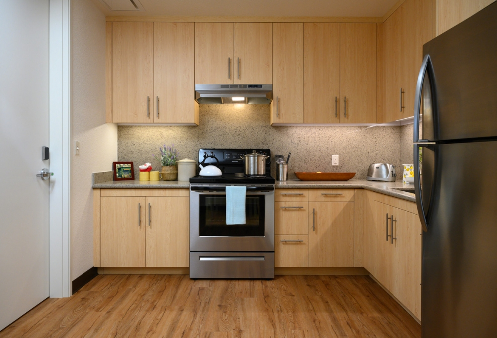 Junior Premium: Two Bedroom - Kitchen Area