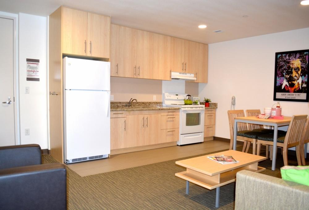 Kennedy Premium 2-Bedroom, Kitchen