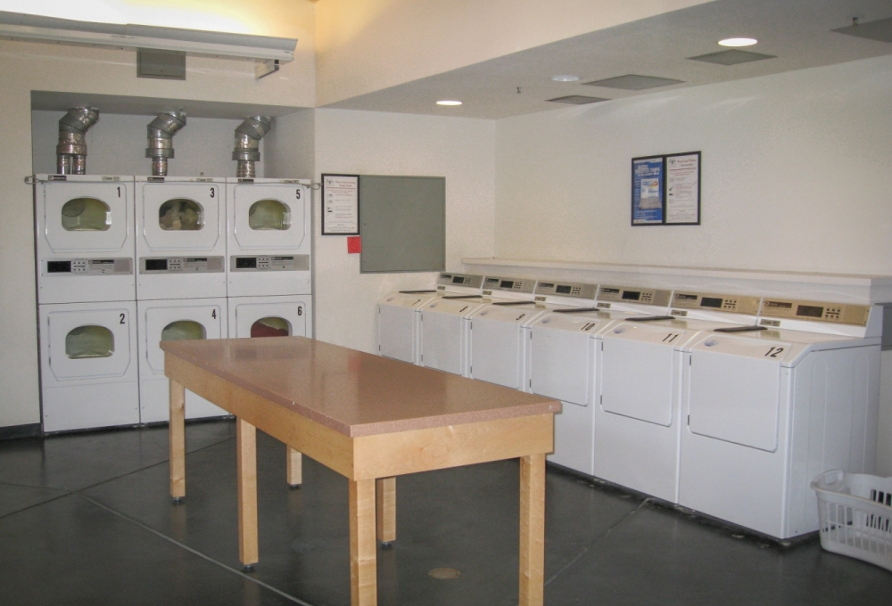 Lyman, Laundry Room