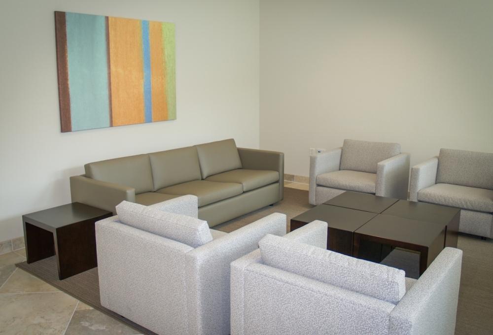Munger, Lounge Area