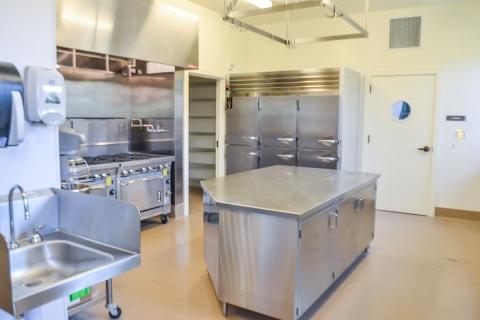 576 Alvarado - Kitchen Area